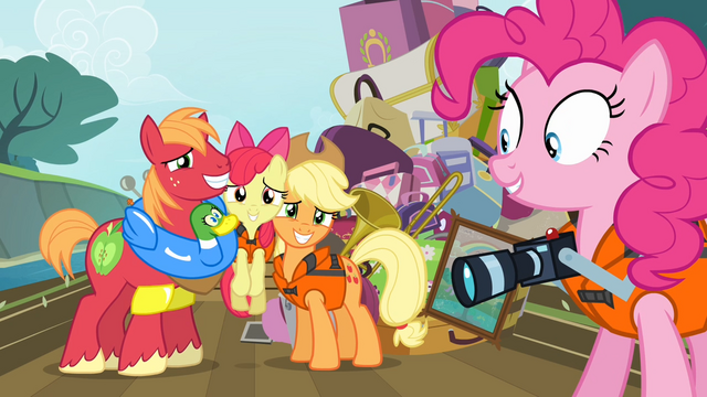 File:Pinkie Pie 'Ooh, that's another keeper!' S4E09.png