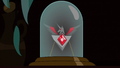 Alicorn Amulet in display case S3E5.png