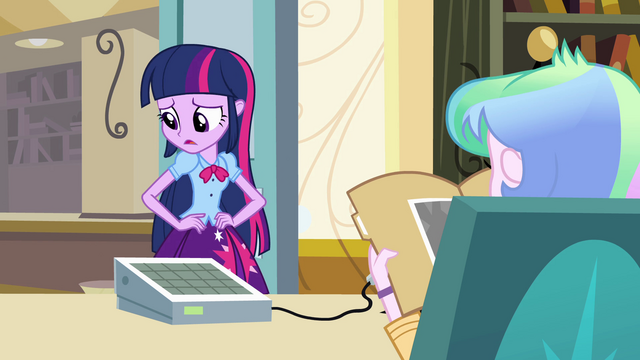 File:Twilight tries to find the right words EG.png