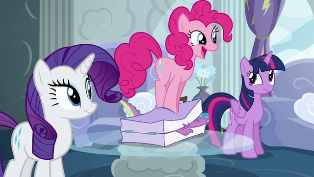 File:Pinkie smushes Spike in luggage again S6E7.png