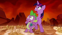 Twilight and Spike sees Tirek S5E26