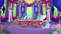 Celestia and dinner guests continue to wait S6E6.png