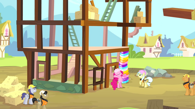 File:Pinkie Pie as a construction pony S4E12.png