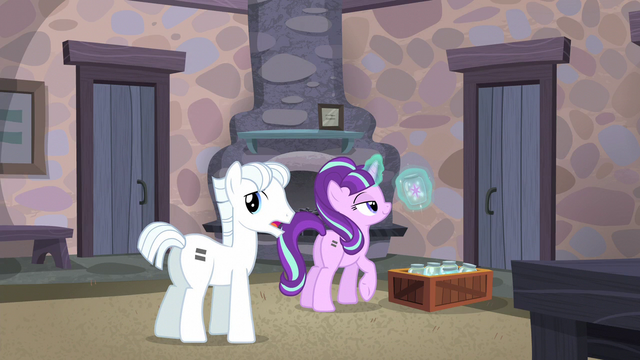 "File:Double ""why do we care about this old cutie mark?"" S5E02.png"