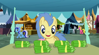 Goldengrape about to grab some vegetables S2E19