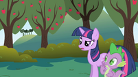 "Twilight ""as long as it doesn't take too long"" S1E01"