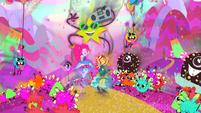 Pinkie and Sunset skip through Pinkie's mindscape EG4b