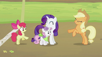 Applejack, Apple Bloom and Sweetie Belle 'Yeah!' S2E05
