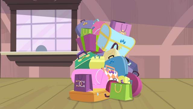 File:Rarity's last pile of bags S4E08.png