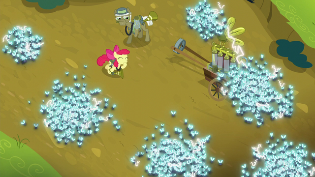 File:Apple Bloom whistles at the twittermites S5E04.png