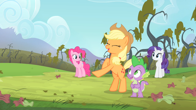 File:Applejack is happy S4E07.png