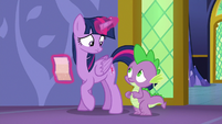 Twilight and Spike look at each other concerned S6E22