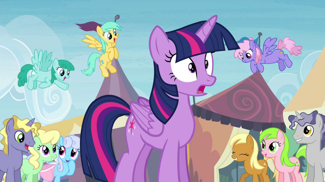 File:Twilight noticed by other ponies S4E22.png