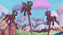 Fantasy sequence of gingerbread ponies S5E20
