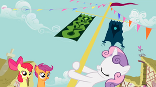 Sweetie Belle pole swinging 2 S2E17.png