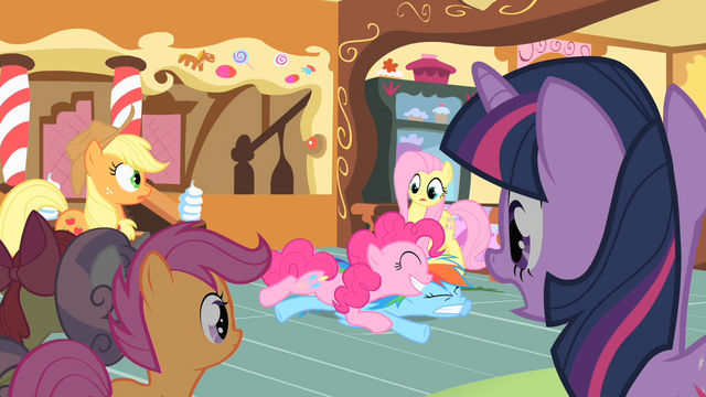 File:Pinkie Pie dive S01E23.png