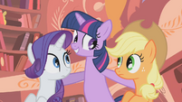 Twilight wants smores S1E8