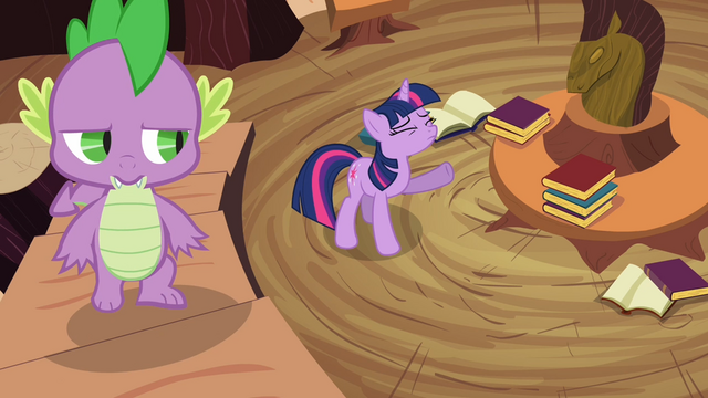 File:Twilight and Spike 2 S02E20.png