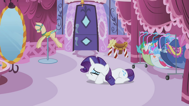 File:Rarity breaking down S2E5.png