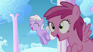 Ruby Pinch and Sweet Pop see Twilight flying S5E26