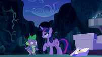 Spike hears noise S5E26