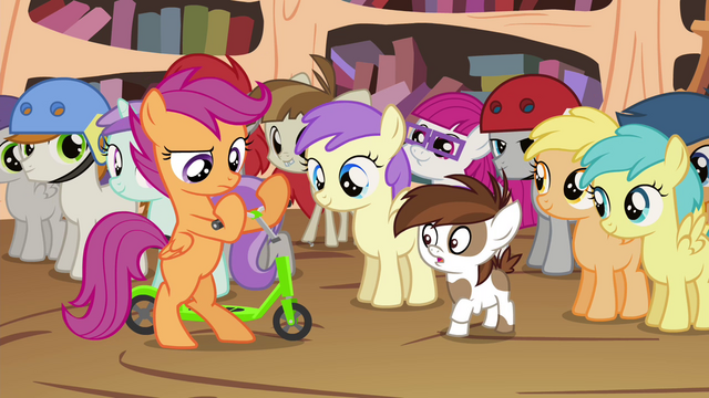 File:Scootaloo dismantling Pipsqueak's scooter S4E15.png