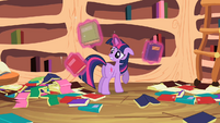 Twilight guys don't mind S2E10