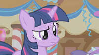 Twilight has a questioning look S1E12