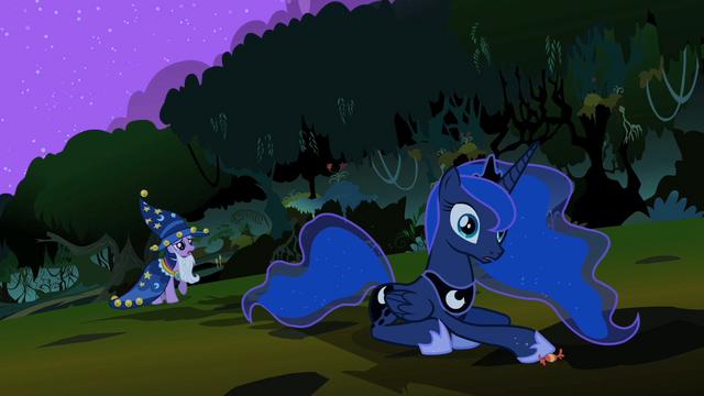 File:Princess Luna hears Twi S2E4.png