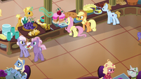 Applejack and Fluttershy in the resort cafeteria S6E20