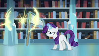 Flurry Heart teleports to avoid Rarity's net S6E2