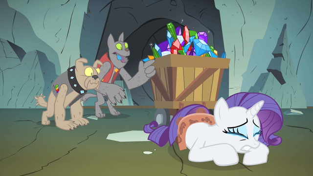 File:Rarity getting vain comfort S1E19.png