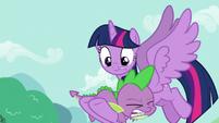 Twilight catches Spike S5E11