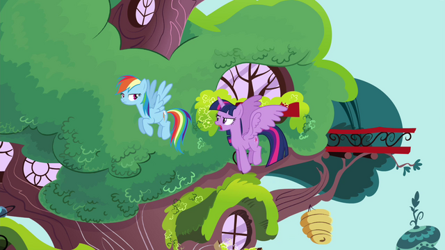 File:Twilight says Commander Easyglider's name S4E21.png