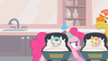 Pinkie Pie being sneaky S2E13.png