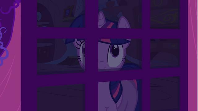 File:Twilight looking through door S1E24.png