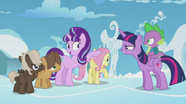 File:Starlight patting filly Fluttershy on the head S5E25.png
