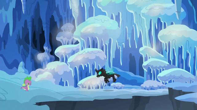 File:Spike returns to Thorax's cave S6E16.png