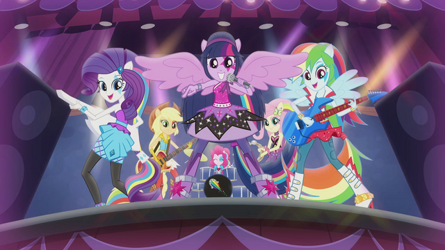 File:Twilight pointing toward the crowd EG2.png