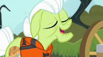 Granny Smith feeling confident S4E09