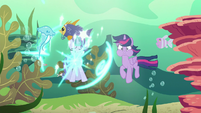 Starlight teleports into the sea of fish S6E21