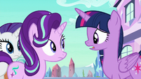 Twilight apologizing to Starlight S6E1