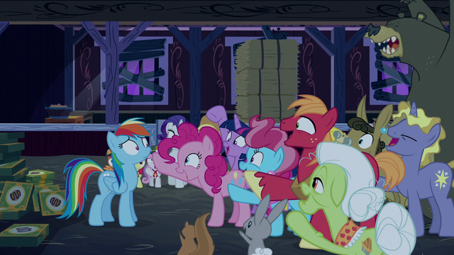 "File:Ponyville ponies say ""gotcha!"" to Rainbow S6E15.png"