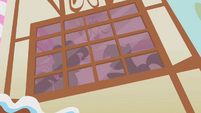 Twilight and Pinkie's window silhouettes S1E09