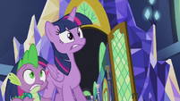 Twilight and Spike look at pulsating magic S5E25