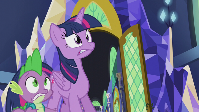 File:Twilight and Spike look at pulsating magic S5E25.png