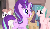 "Starlight ""let's see those big, happy smiles!"" S5E1"