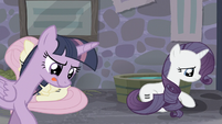 Twilight thinking S5E02