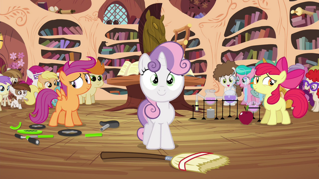 File:CMC about to demonstrate what they learned S4E15.png