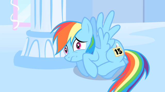 File:Rainbow Dash very scared S1E16.png